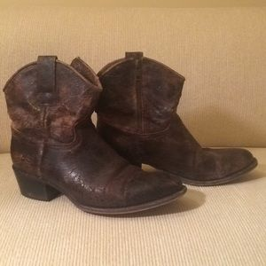 Frye Short Boot in Distressed Chocolate Leather